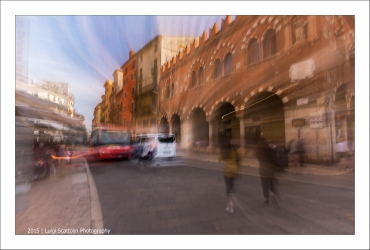 Verona, Piazza delle Erbe, la Domus Mercatorum